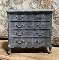 Smaller French Painted Chest of Drawers (4 of 9)