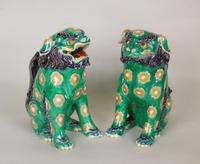 Superb Pair of 19th Century Chinese Porcelain Dogs of Fo Temple Guardians (6 of 12)