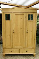 Beautiful Old Pine Triple Knock Down 'Arts & Crafts' Wardrobe  - We Deliver & Assemble! (18 of 18)