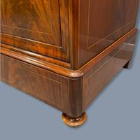 Exceptional French Marble Top Mahogany Inlaid Commode (4 of 12)