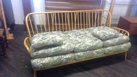 Ercol Vintage Windsor Three Seater Settee of Large Size (5 of 5)