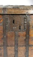 Large Early 17th Century Iron Bound Chest (9 of 22)