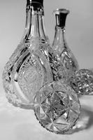 Exceptional Pair of Early 20th Century Cut-Glass English Silver Decanters (3 of 5)