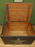 Large Painted Black Chest Trunk with Star, Military Storage Box (12 of 14)