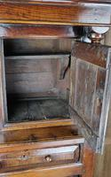 Early 18th Century Court Cupboard (6 of 12)