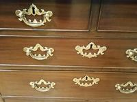 Mid 18th Century Batchelors Chest (2 of 7)