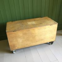 VINTAGE Industrial CHEST Coffee Table Mid Century Old Wooden TRUNK Retro Storage Box + Castors (2 of 12)