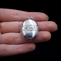 Antique Aesthetic Ivy Sterling Silver Oval Locket Pendant (2 of 10)