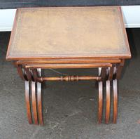1960s Nest of 3 Mahogany Tables with Brown Leather Tops (4 of 6)