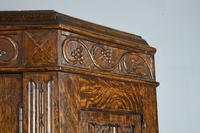 Carved Oak Hall Robe (4 of 5)