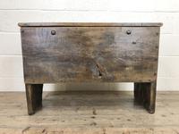 18th Century Oak Coffer (10 of 10)
