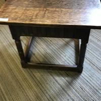 Oak Square Coffee Table (3 of 8)