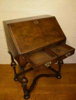 Lovely William & Mary Design Walnut Bureau (4 of 9)
