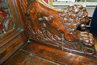 Carved Oak Settle (4 of 7)