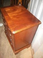 Small 2 Over 3 Drawer Chest (2 of 3)