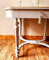French Antique Style Console Table / Side Table (5 of 6)