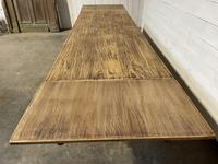 Nice Large Bleached Oak Farmhouse Dining Table With Extensions (31 of 35)
