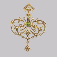 Edwardian 15ct Gold Peridot & Pearl Pendant Antique Art Nouveau Brooch Circa 1910 (2 of 12)