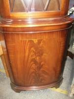 Glazed Mahogany Corner Cabinet (3 of 3)