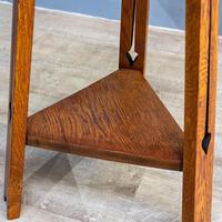 Arts & Crafts Tripod Table (5 of 7)