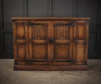 Solid Oak Linenfold Cabinet (7 of 9)