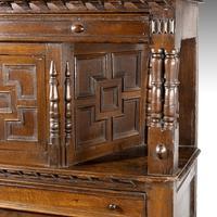 Good Late 17th Century Oak Court Cupboard (3 of 6)