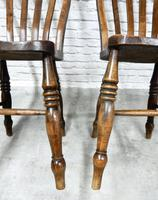 Fine Pair of Windsor Lathback Side Chairs (5 of 5)