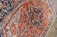 Antique Heriz roomsize carpet 347x246cm (4 of 9)