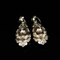 Antique Victorian Etruscan Revival Grape 9ct Gold Long Drop Dangle Earrings (5 of 9)