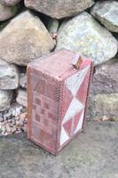 Scandinavian / Swedish 'Folk Art' painted & geometric chip-carved timplåda / sliding-lid box early 19th Century. (10 of 11)