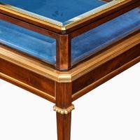 Napoleon III Free-standing Mahogany Bijouterie Table (5 of 5)