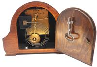 Good Hat Shaped Mantel Clock – Striking 8-day Arched Top Mantle Clock (9 of 10)