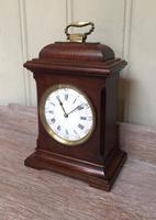 Small Mahogany 18th Century Style Bracket Clock (2 of 11)