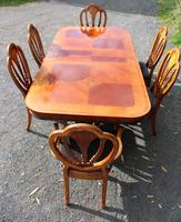 1960's Mahogany Pull Out Table with Set of 6 Dining Chairs.4+2 Carvers (3 of 14)