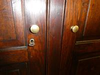 18th Century English Oak Cupboard (6 of 10)