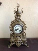 Antique French Gilded Bronze 8 Day Striking Garniture Set / Mantel Clock (7 of 9)