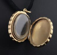 Antique Pinchbeck Mourning Locket (5 of 11)