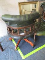 Chesterfield Revolving Leather Captains Chair (3 of 3)