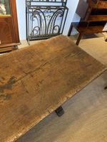 Oak refectory table (5 of 9)