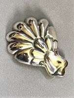 Lovely Shell Design Silver Caddy Spoon (2 of 3)