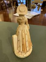 Royal Worcester – Porcelain Figure 'Shape: 1052' of A Young Lady Wearing a Fine Dress by James Hadley (2 of 5)