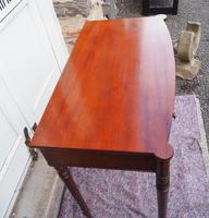 Georgian Mahogany Bow Front Side Table (2 of 6)