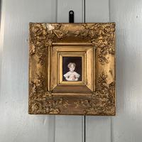 Antique Victorian portrait in oil of a young girl child in ornate gesso frame 2 of 2 (5 of 10)