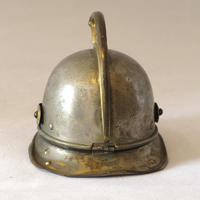 Novelty Desktop Helmet Inkwell (3 of 8)