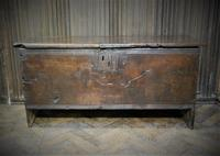 Oak Six Plank Coffer (2 of 5)