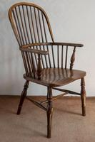 Early 19th Century Hoop-back Windsor Chair in Ash (2 of 4)