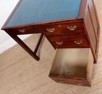 Edwardian Oak Pedestal Writing Desk (8 of 12)