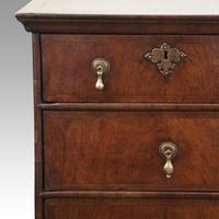 Queen Anne Walnut Chest of Drawers (9 of 11)