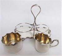 Attractive Arts & Crafts silver plated cream & sugar set (5 of 8)