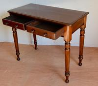 Victorian mahogany side table (2 of 3)